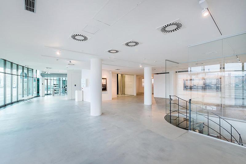 Tancici Dum Praha Galerie3