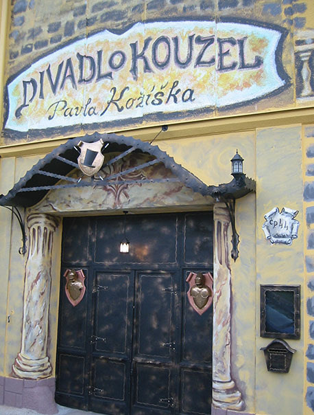 Divadlo Kouzel Prague 4