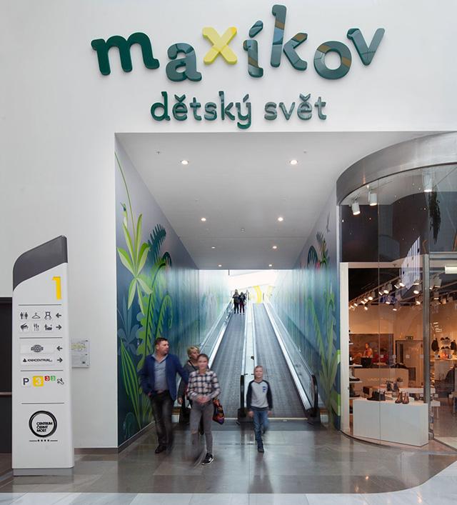 CCM Maxikov Vchod Prague