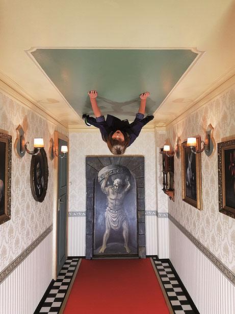 Zrcadlovy Labyrint Antigravitacni Mistnost 2
