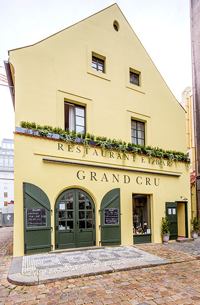Grand Cru Prague Restaurant3